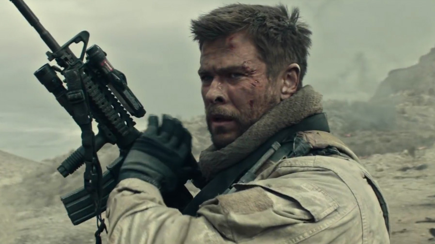 Chris Hemsworth finds courage and charges forth in '12 Strong'