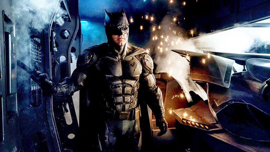 Zack Snyder teases Batman's tactical suit for 'Justice League'
