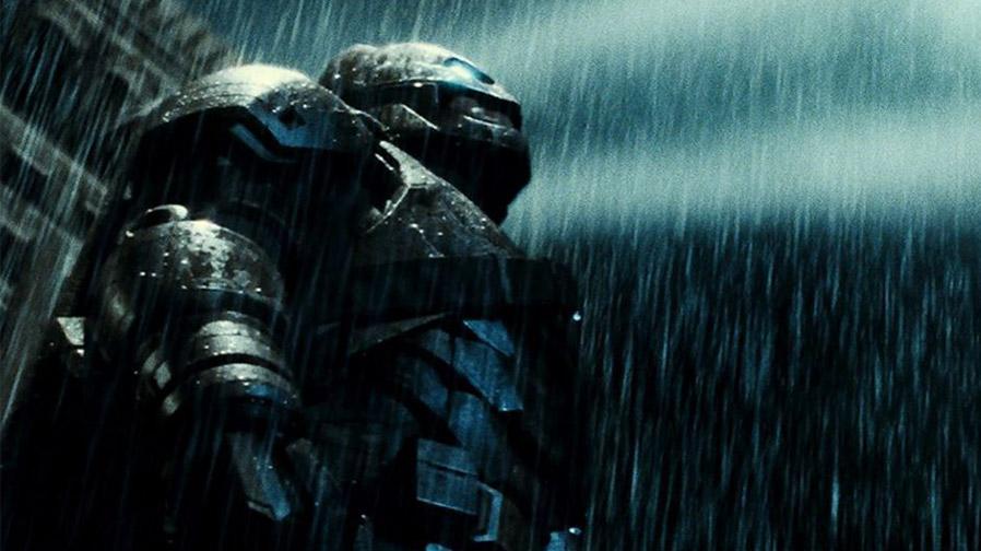 The Dark Knight returns in new image for 'Batman v Superman'