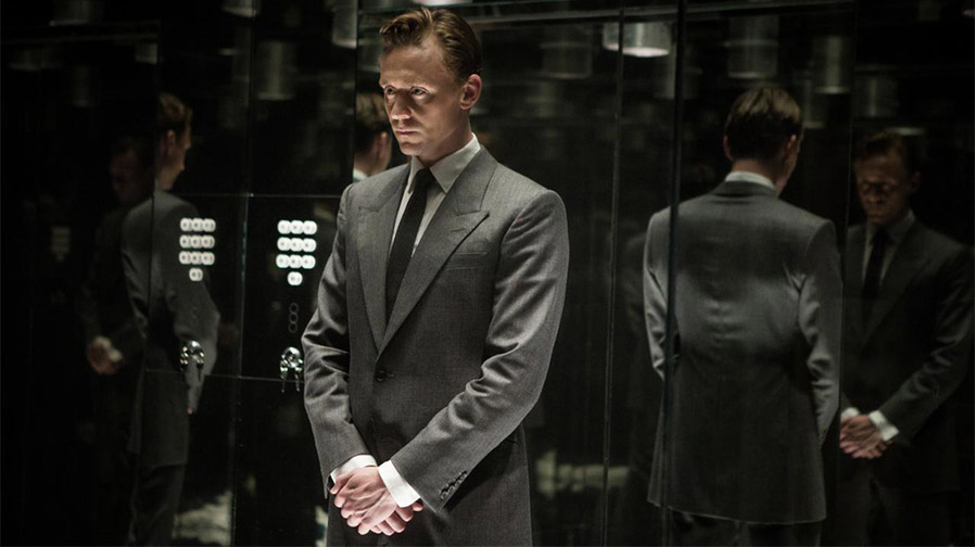 Tom Hiddleston expresses interest in playing Bond