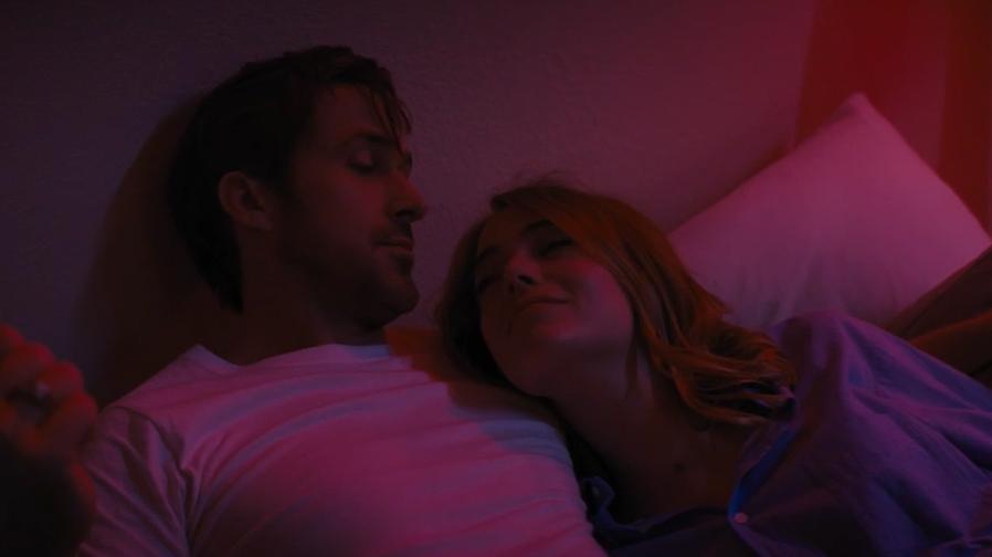 Ryan Gosling and Emma Stone sparkle and shine in 'La La Land'