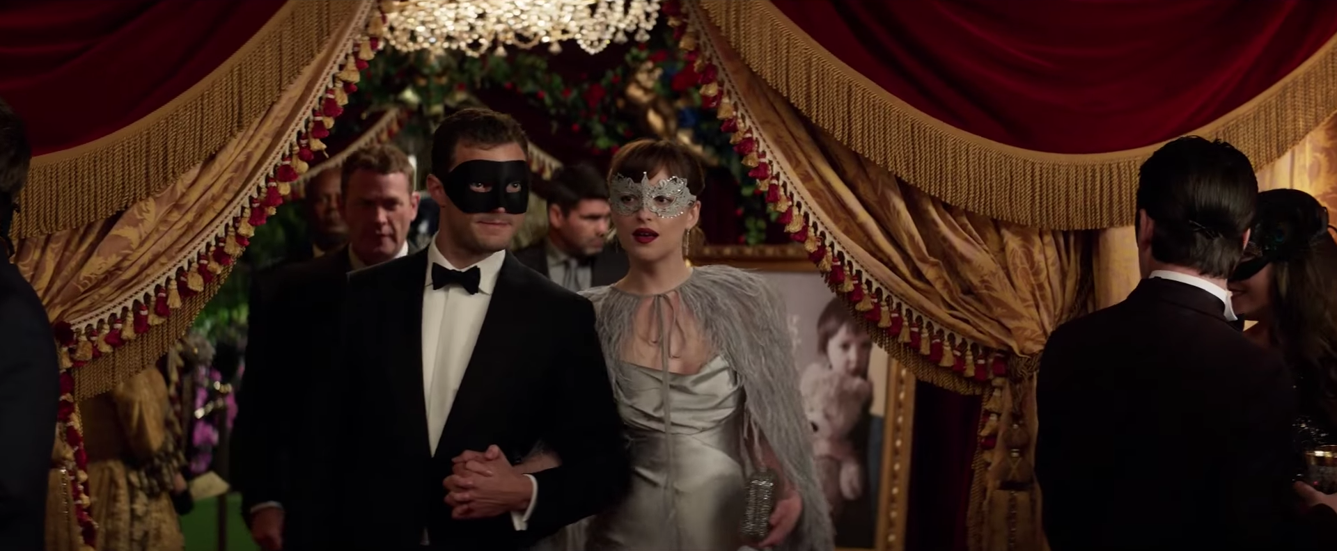 'Fifty Shades Darker' trailer takes a dangerous turn