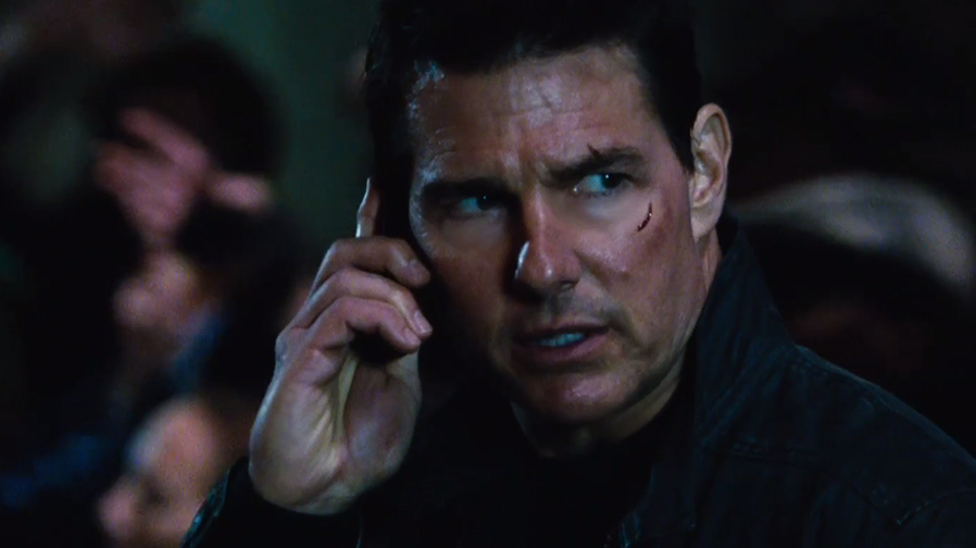 Tom Cruise lays down the law in final 'Jack Reacher: Never Go Back' trailer