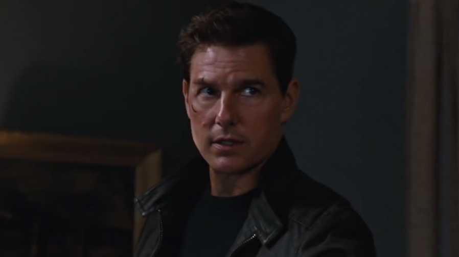The hunt is on in new 'Jack Reacher: Never Go Back' TV spots