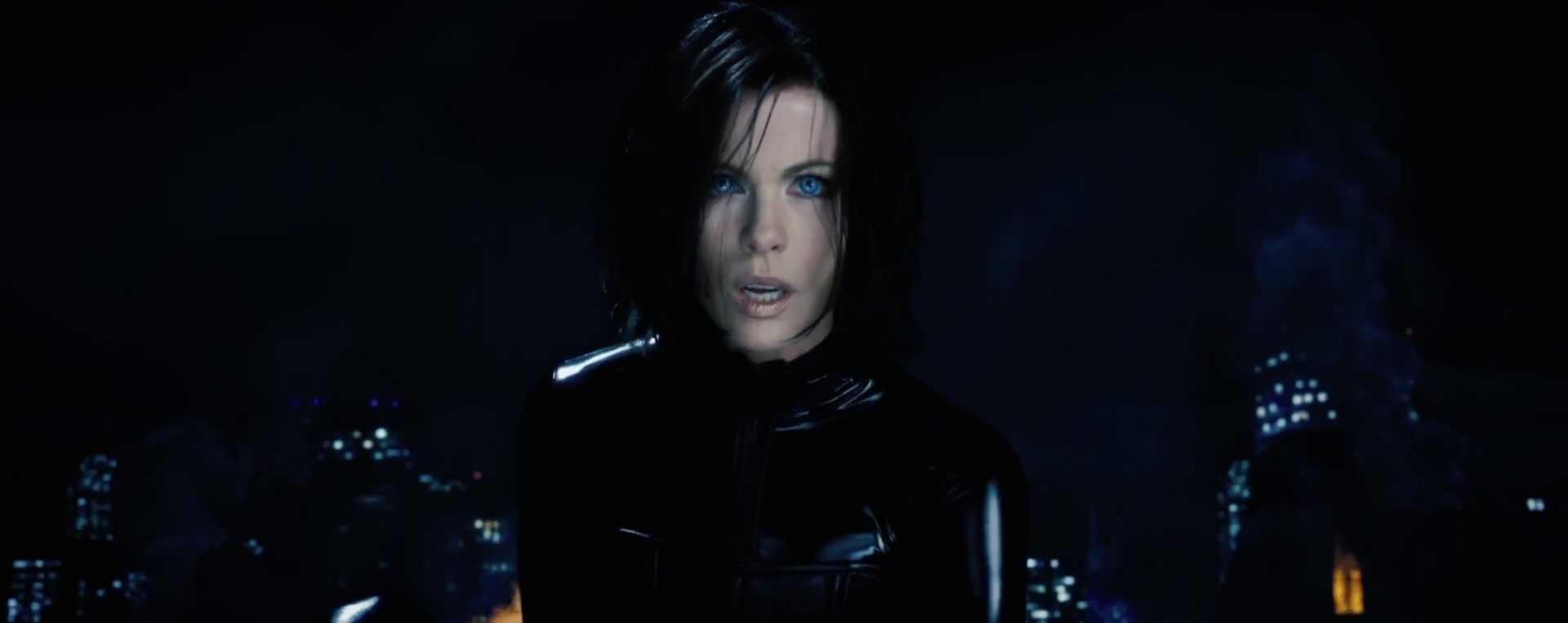 Kate Beckinsale embraces the darkness in 'Underworld: Blood Wars'