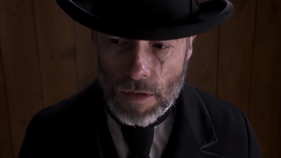 Guy Pearce leads a brilliant cast in intense trailer for 'Brimstone'
