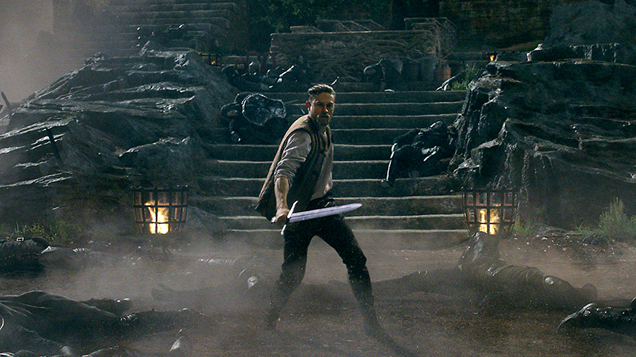 A King rises in new images for 'King Arthur: Legend of the Sword'