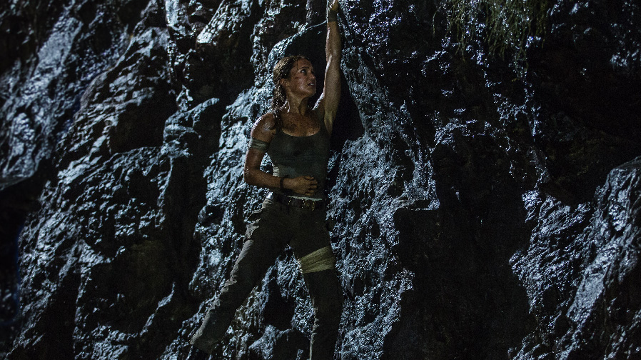 Alicia Vikander is all kinds of fierce in new photos for 'Tomb Raider'