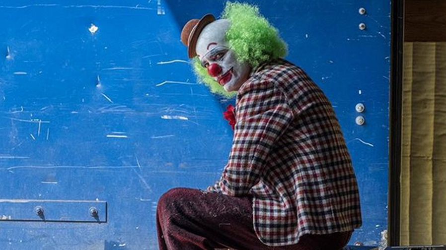 Todd Phillips calls a wrap on 'Joker'
