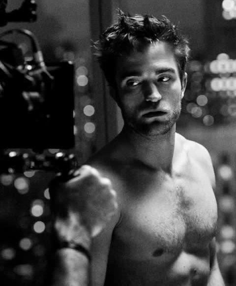 Robert Pattinson Batman Physique 1
