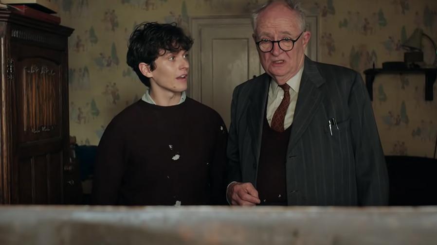 Jim Broadbent and Helen Mirren charm in 'The Duke'